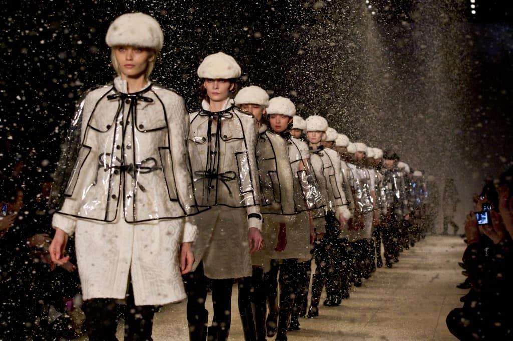 burberry-prorsum-autumn-winter-2011-womenswear-show-finale