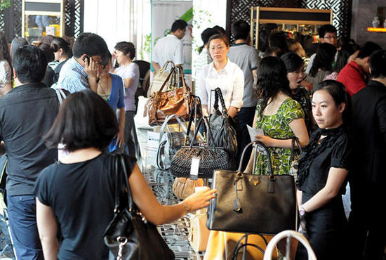 Expenses of Chinese Tourists Top the World