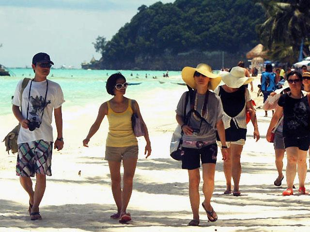 China climbs onto tourism revenue's podium !