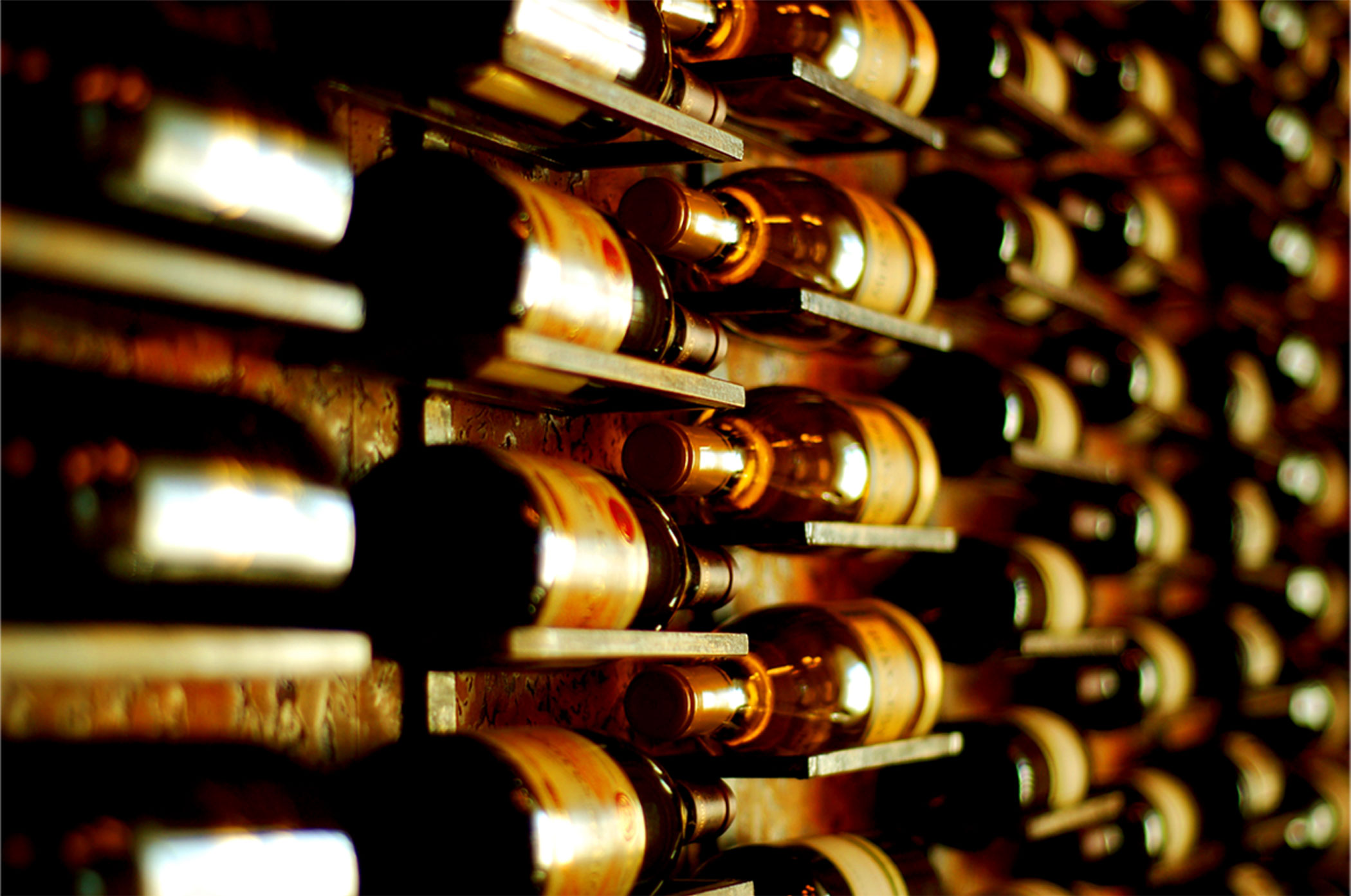 8 tips to sell your wine online in China