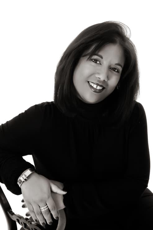 Interview of Vannessa Vinos from Luxuria Jewellery Boutique