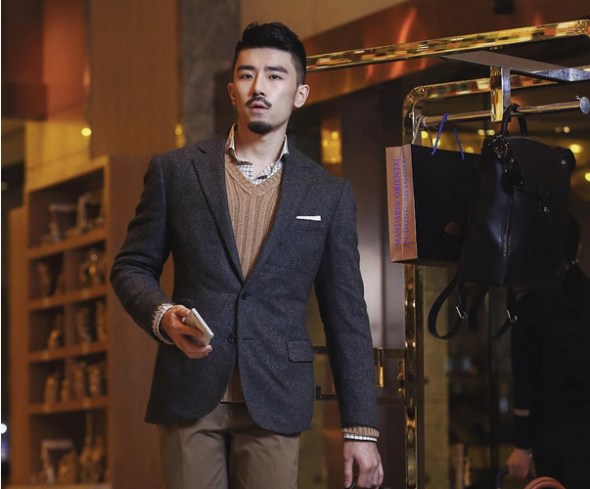 the chinese luxury market News industry : according to a study by consultancy firm bain & co, the chinese luxury market took off again last year, local millennials setting their sights.