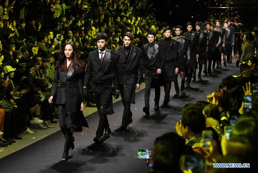Vancouver Fashion Week 'Turns On' Social Media in China !
