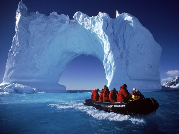 Antarctica: the new Hot Trend of Chinese Tourists