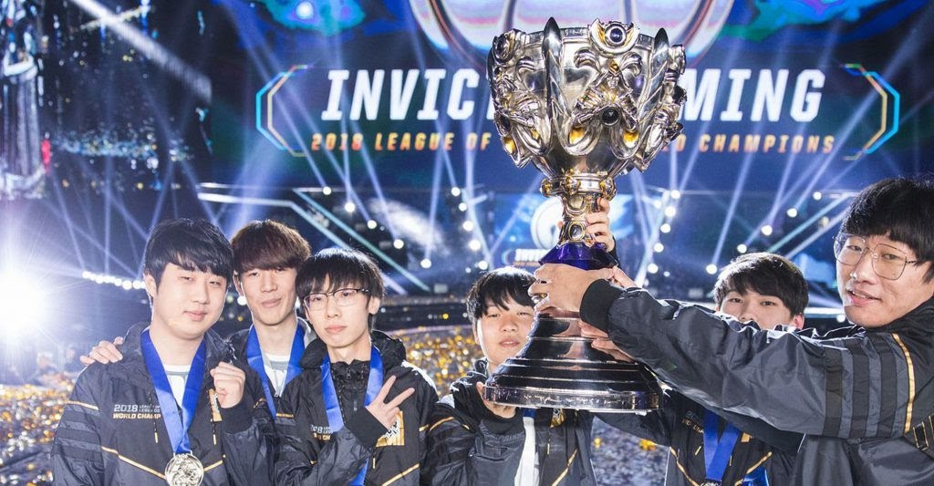 Chinese team at the 2018  Invictus Gaming